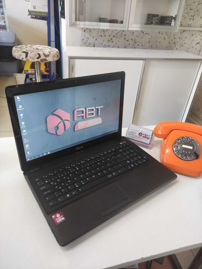 Asus İ3 laptop